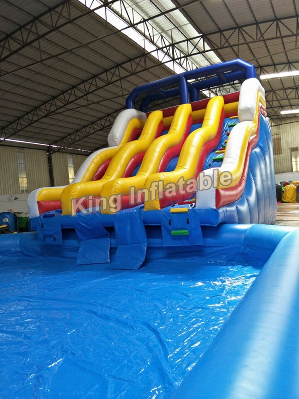 Blue One Lane Inflatable Water Slide With Bouncer For Water Park
