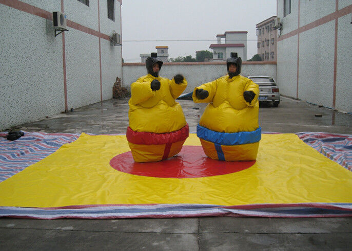Nontoxic PVC Tarpaulin Inflatable Sumo Street Games With Helmets N Gloves