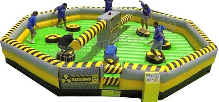 Challenge Inflatable Meltdown Wipeout Sport Game With Rotative Machine