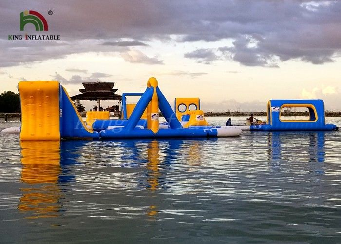 Anti UV Giant Inflatable Water Park /  Inflatable floating obstacle course With 2 Years Warranty