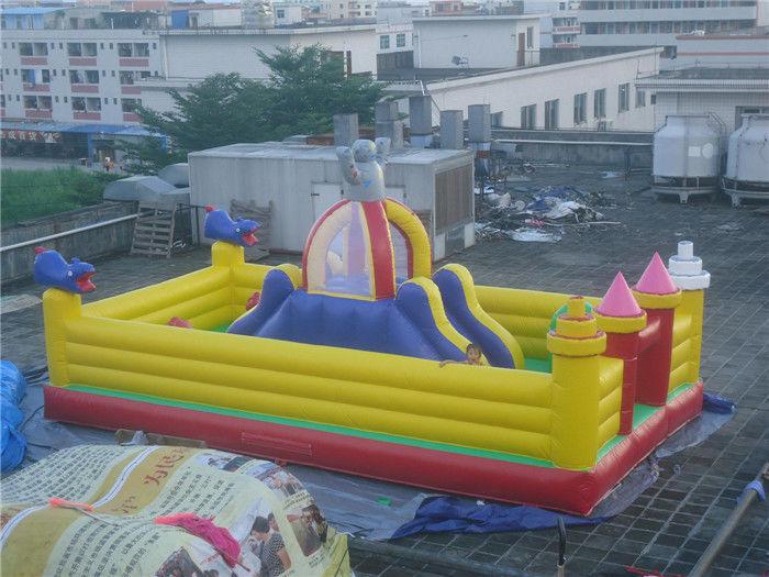 Parc d 39 attractions gonflable d 39 int rieur et ext rieur pour for Parc interieur pour enfant