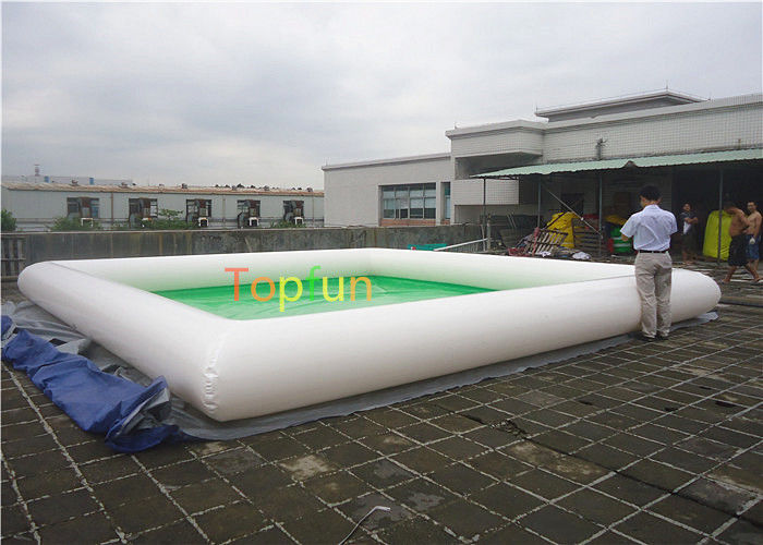 Piscine gonflable eau verte for Eau trouble piscine